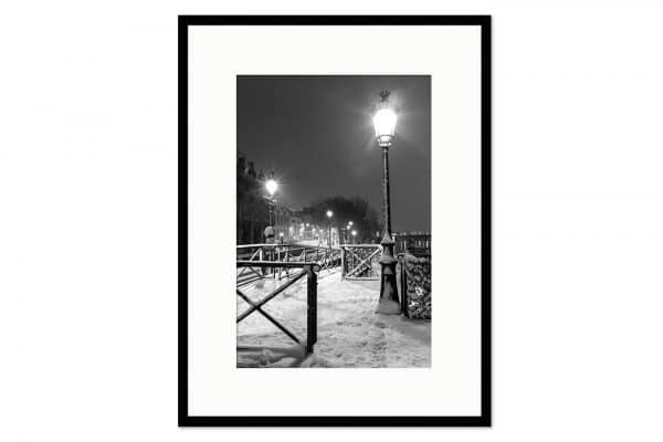 Gallery frame Light in Snow