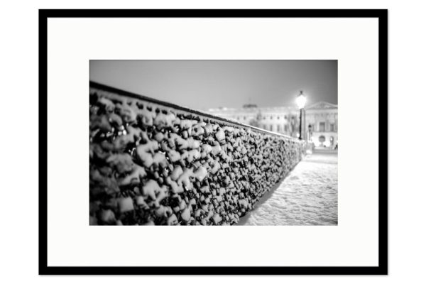 Gallery frame Snowy Lovers' Bridge