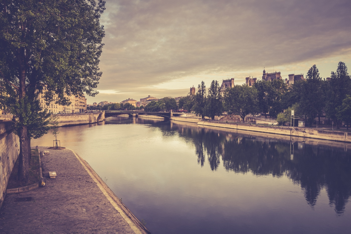 Paris 7H10